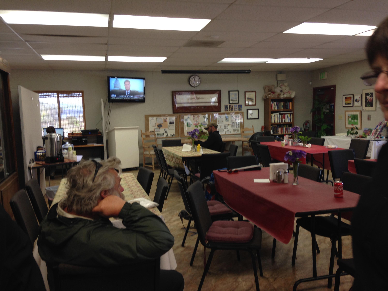 Warner Springs community center set up a PCT hiker resource center!