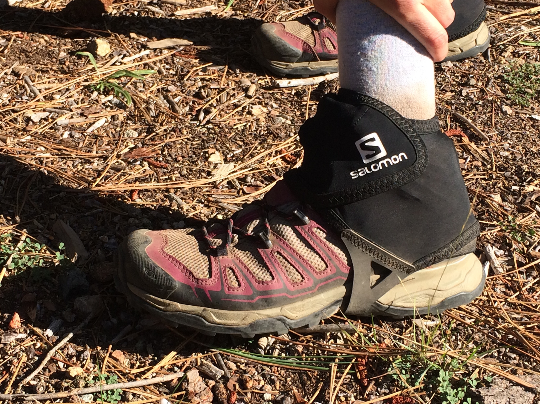 Salomon gaiters on Salomon shoes, Marissa has branding down.